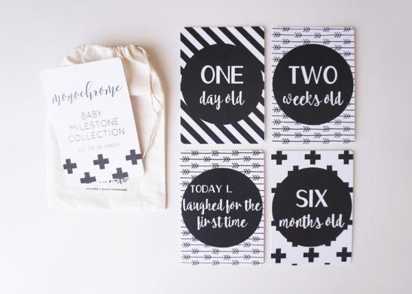 Monochrome Baby Milestone Cards_1